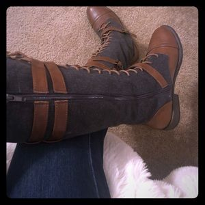 Bamboo Vintage Buckled Lace Up Boots